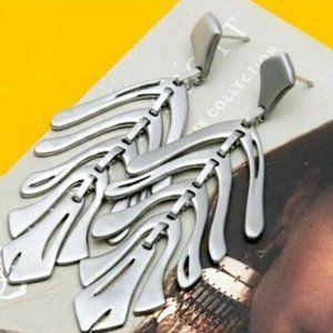 Kendra Scott Jewelry - 🆕Kendra Scott Luca Statement Earrings in Silver